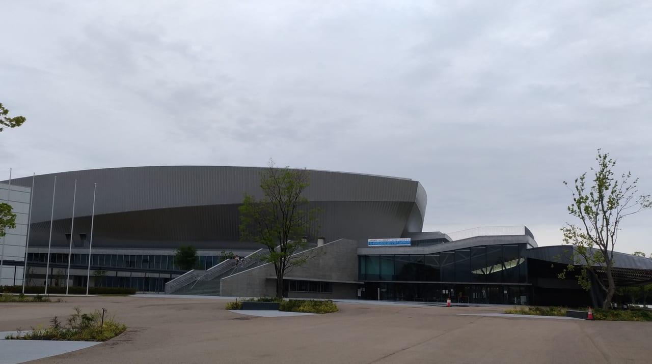 四日市市総合体育館